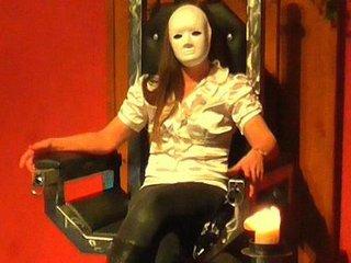CBT Hoden Schwanz Folter Demütigung durch Domina Lady Maxima