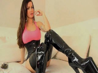 Dominante Wichsanleitung – Domina Video von Herrin Amy